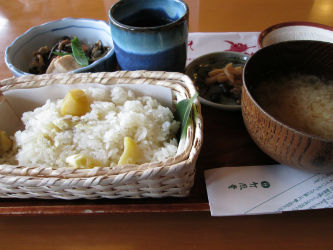 IMG 0060 w400 h250 【旅行】竹風堂小布施本店の栗おこわ付きの「山菜定食」が美味い!