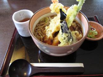 IMG 0067 w400 h250 【旅行】「うずら家」で戸隠そばを食べてみた。そして、鏡池、戸隠神社を廻る