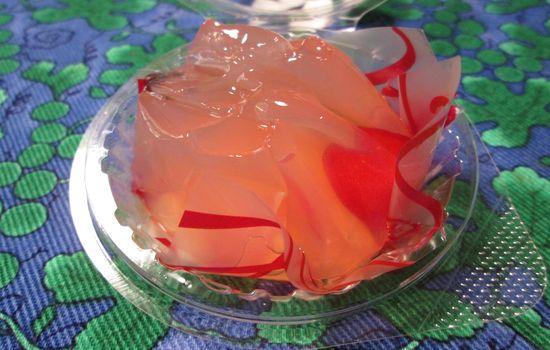 IMG 0232 【食べ物】スゴく良い香り!ローソンの「さくらんぼのスイーツ(山形県産佐藤錦入り)」食べてみました!