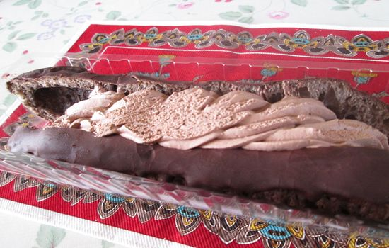 IMG 0253 【食べ物】これは一度食べるべき!!ファミリーマートの「俺のエクレア」が超美味い!!【おすすめ】