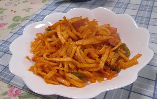 IMG 0262 【食べ物】うどんをパスタと間違えてナポリタンを作った結果wwwうどんナポリタンになったw
