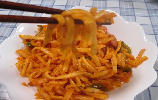 IMG 0265 【食べ物】うどんをパスタと間違えてナポリタンを作った結果wwwうどんナポリタンになったw