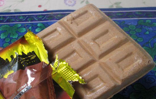 IMG 0277 【食べ物】ザクザク食感のアイス!「DANDY(ダンディー)」はチョコ好きにピッタリ!
