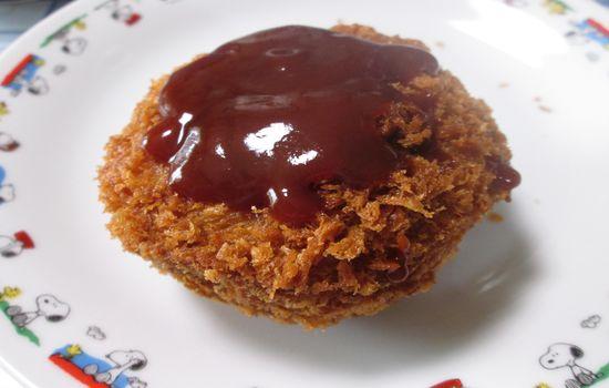 IMG 0302 【食べ物】ウワサどおり!ローソンの「ゲンコツメンチ」がジューシーすぎて超絶美味しすぎる件!!