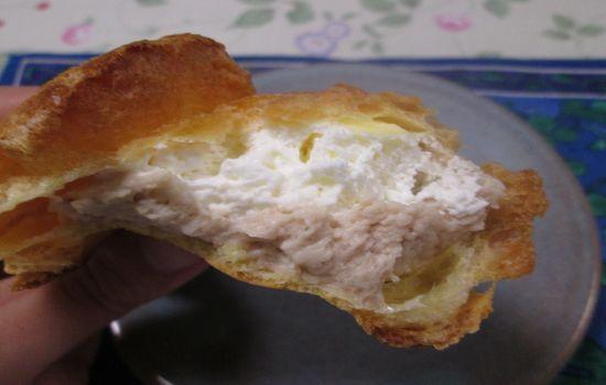 IMG 0460 【食べ物】セブン イレブン「イタリア栗のクリーミーモンブランシュー」を食べてみました!