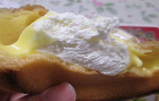 IMG 0660 【食べ物】高カロリー高評価!ローソンの「大きなツインシュー」を食べた感想です